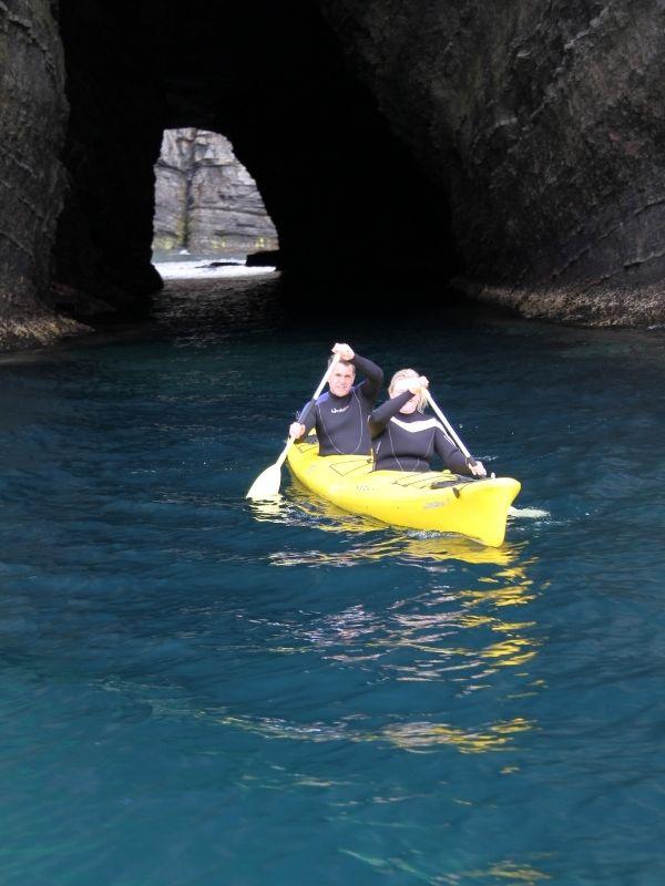 kayaking-caves