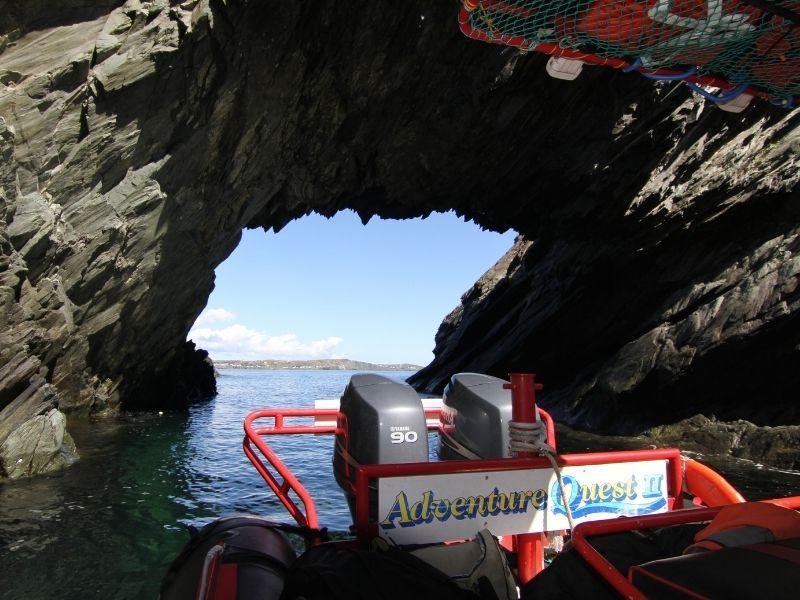 zodiac-sea-cave-tour